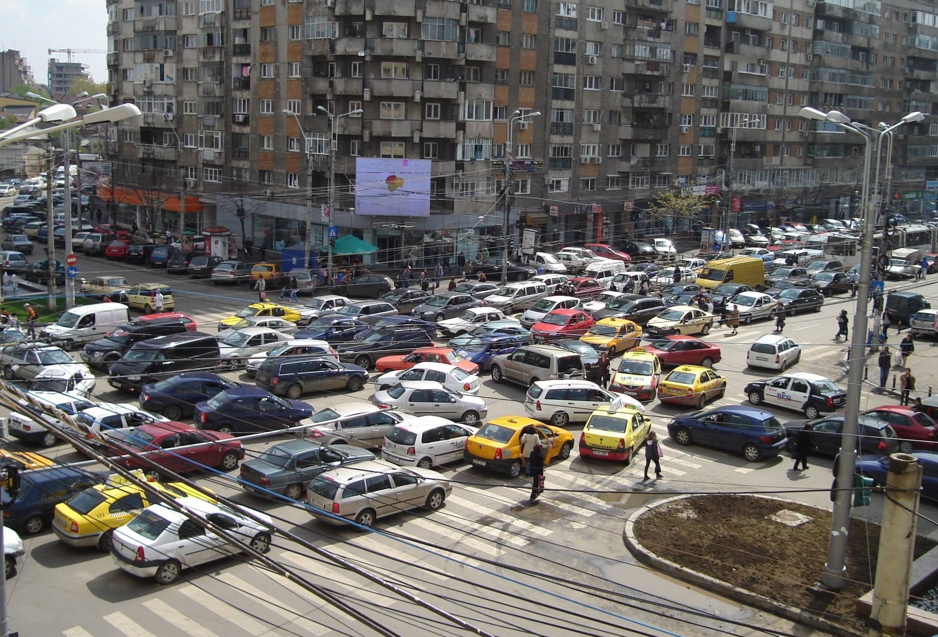 erratic bucharest traffic